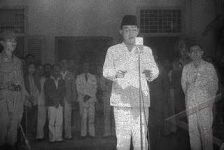 Biografi Presiden Soekarno Lengkap