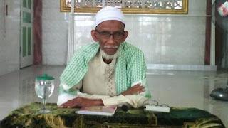 Ulama Kharismatik Aceh Dukung Pembangunan Jalan Tembus