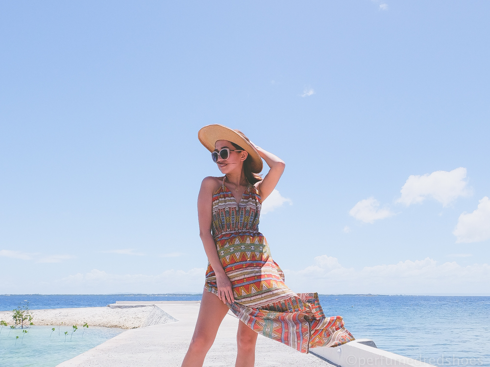 Cebu Bloggers, Cebu Fashion Blogger, Cebu Lifestyle Blogger, Cebu Beauty Blogger, Cebu Mommy Blogger, Travel, Beach, Cebu beaches, Costabella Beach Resort, Philippine Blogger, Asian, Beach outfit, maxi dress, How to wear maxi dress to the beach, what to wear to the beach, beach party outfit, beachside outfit,