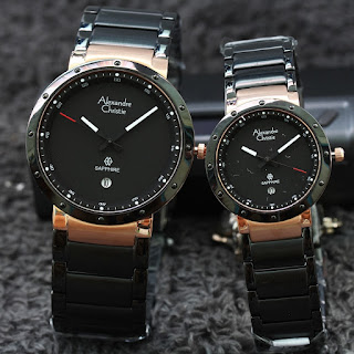 Jam  couple alexandre christie