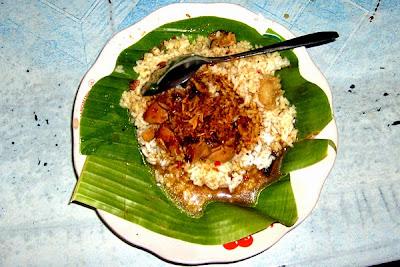 Nasi Gundul Khas Pati Jawa Tengah