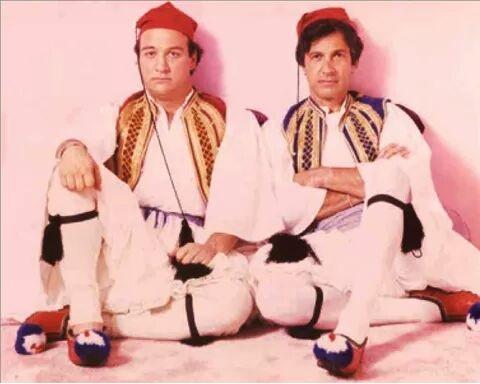 James Belushi and Stan Dragoti in national dress -1985 (Photo)