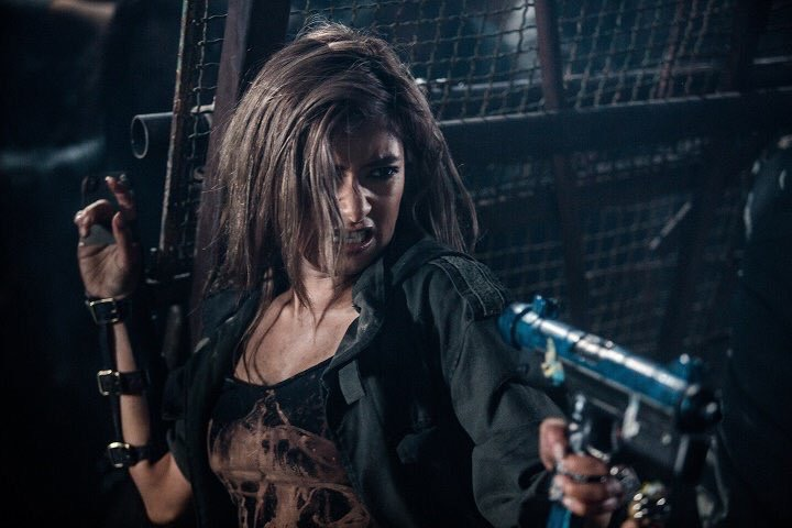 Resident Evil The Final Chapter Cast Adds Ruby Rose And 5: RESIDENT EVIL: THE FINAL CHAPTER Clips, Featurettes