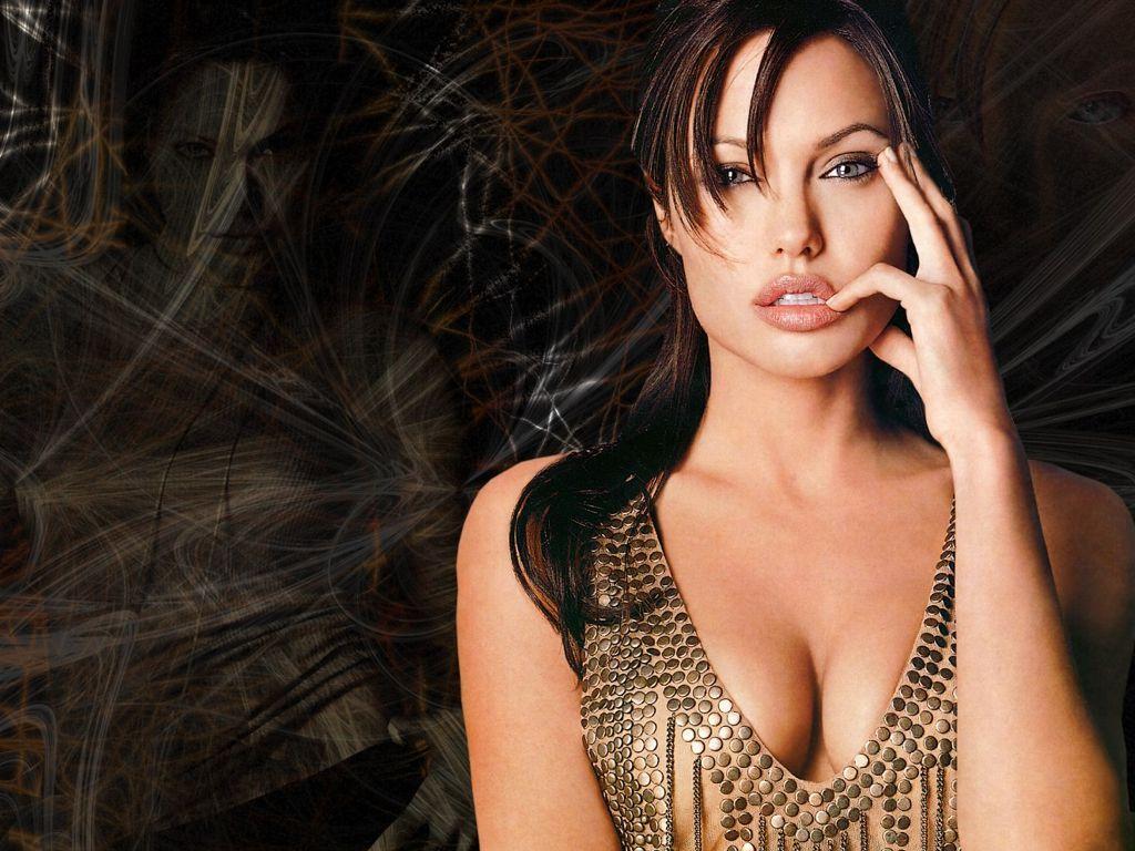 Angelina jolie nude wallpaper youporn foto 25