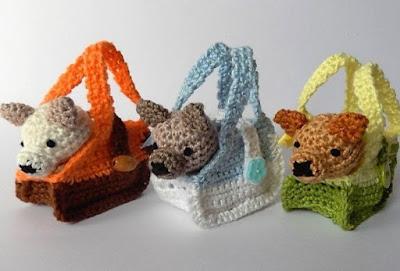 Вязаные собачки в сумке крючком