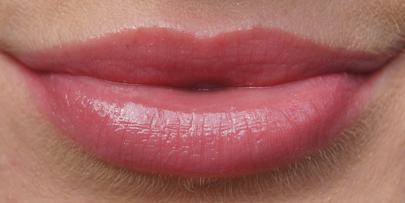 soap and glory sexy mother pucker gloss stick bashful swatch