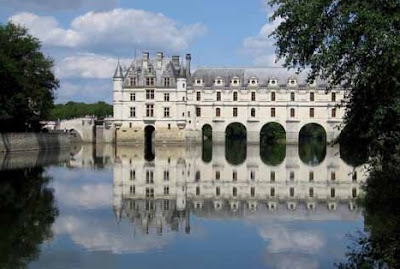 Chateau de Chenonceau in the Loire Valley with its reflection on the river Cher