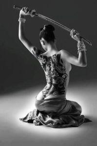 Foto Tato Wanita Yakuza