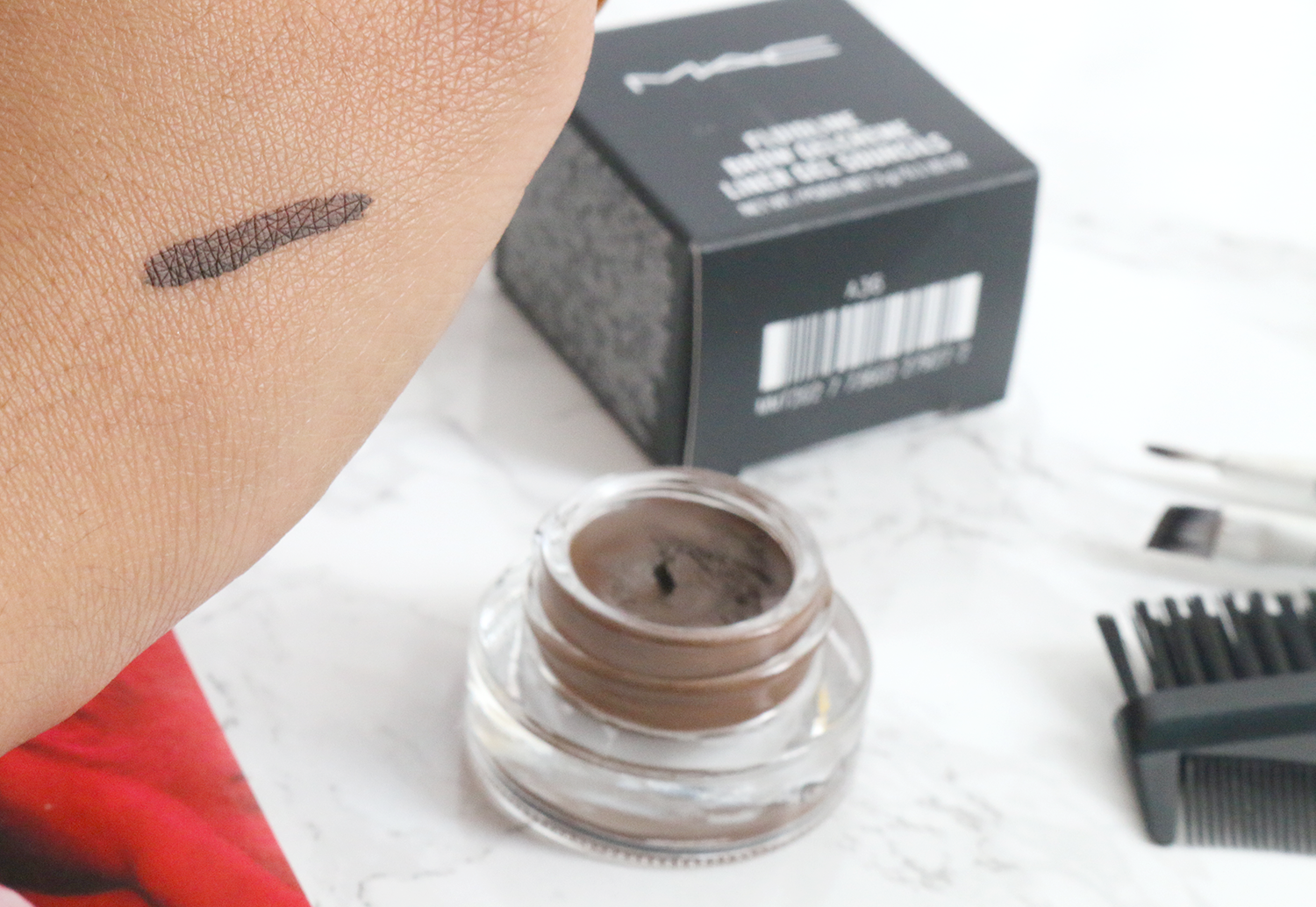 MAC Fluidline Brow Gel Swatch