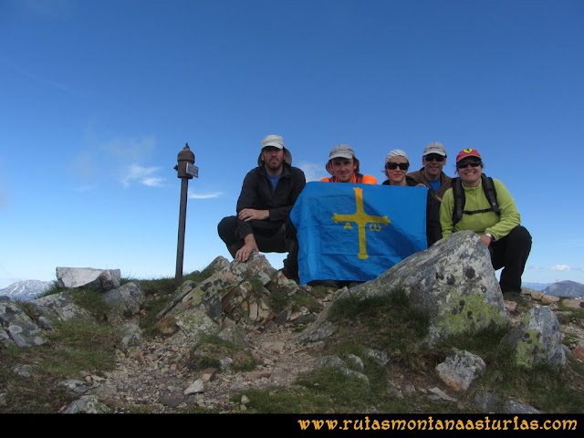 Ruta Les Rapaines, Lago Ubales, Cascayón: Cima del Cascayón