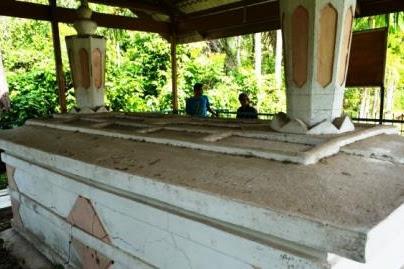 Wisata Religi Makam Raja Aceh ke -34 di Tumbo Baro, Aceh Besar