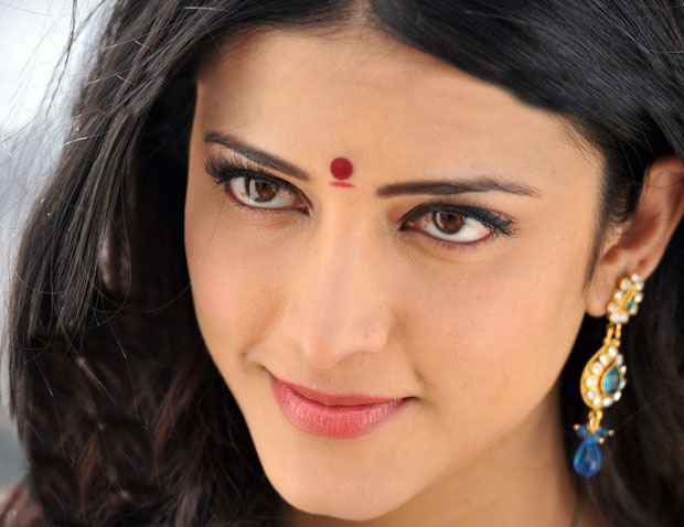 Sruthi Hasan Most Spicy Hot Pics - Tolly Cinemaa Gallery-8172