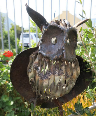 Metal art owl
