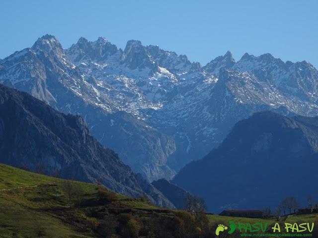 Picos de Europa desde Pen, en Amieva