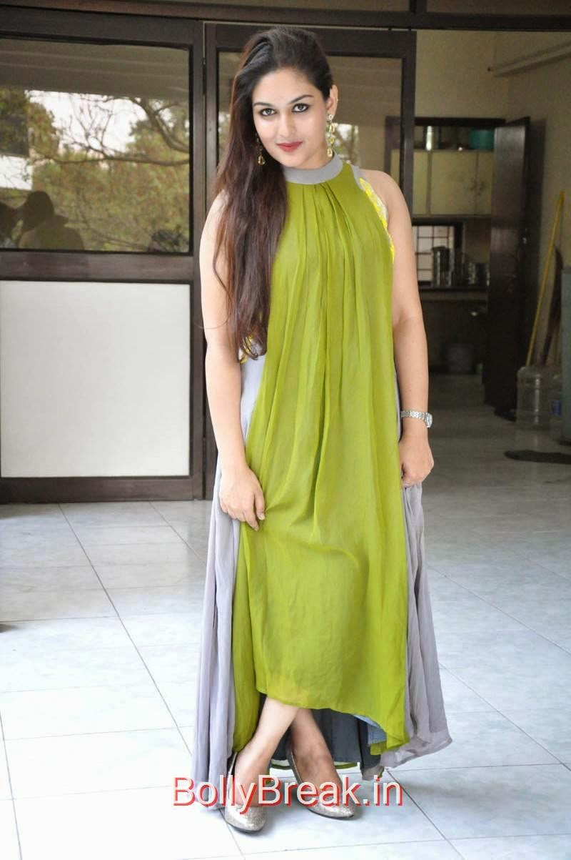 Prayaga Martin Unseen Stills, Actress Prayaga Martin Hot HD Images in Green dress