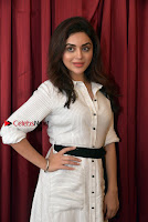 Actress Ragini Nandwani Pos in Stylish Dress at Hadiya Movie Promotion  0010.jpg