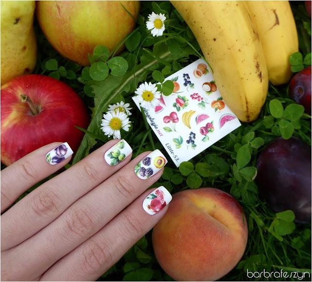 owocowe naklejki na paznokcie
