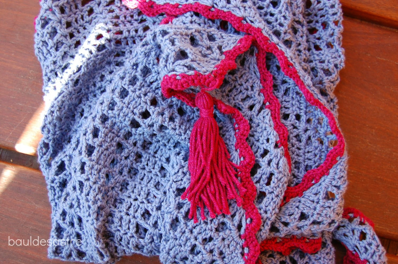 Teje en PEQUES: Patrón chal triangular Annabelia a crochet