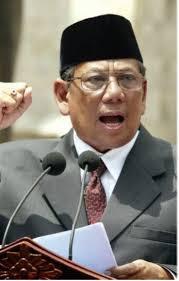 Setujukah Anda dengan Pendapat ini ? Hasyim Muzadi: Negara Harus Tindak Kelompok anti-Pancasila - Naon WAE News