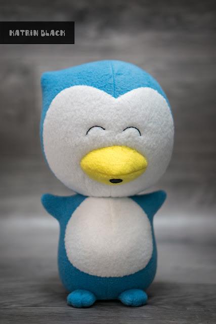 Мягкая игрушка ручной работы сшита по фотографии. Пингвин по фото. Заказать.