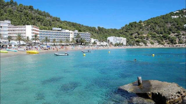 Cala San Vicente em San Juan, Ibiza