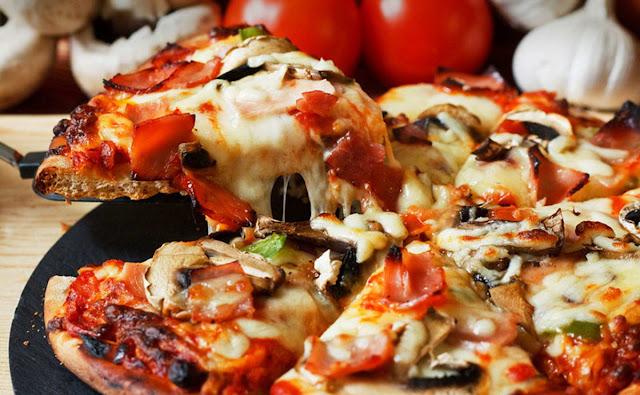 بيتزا الفصول الاربعة في 30 دقيقة