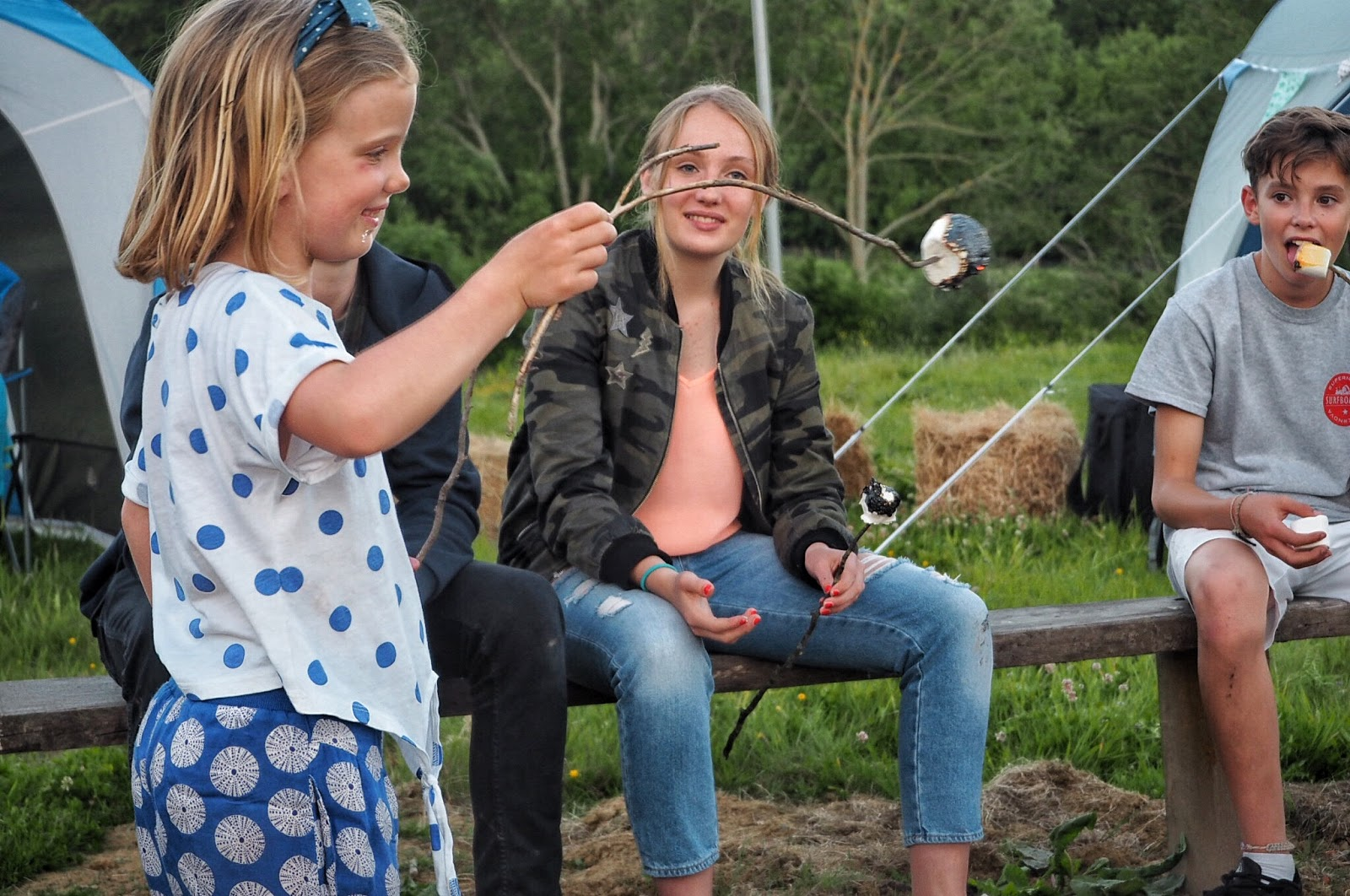 A UK staycation exploring rural Kent with outdoor store GO Outdoors. The post includes a #GORoadtrip and #GOcation with campfires, activities such as hiking, biking and bush craft as well as plenty of camping fun.