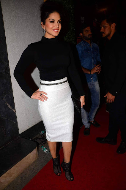 Sunny Leone At The Body Sculptor Gym