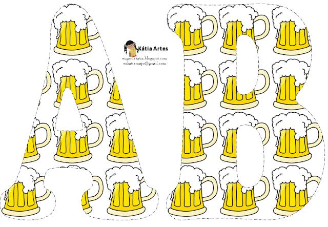 Alfabeto Relleno Con Tarros De Cerveza.