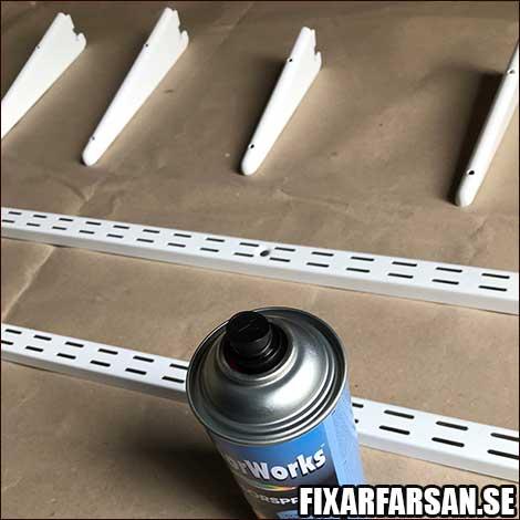 Vita-Lundbergs-Väggskenor-Spraymåla