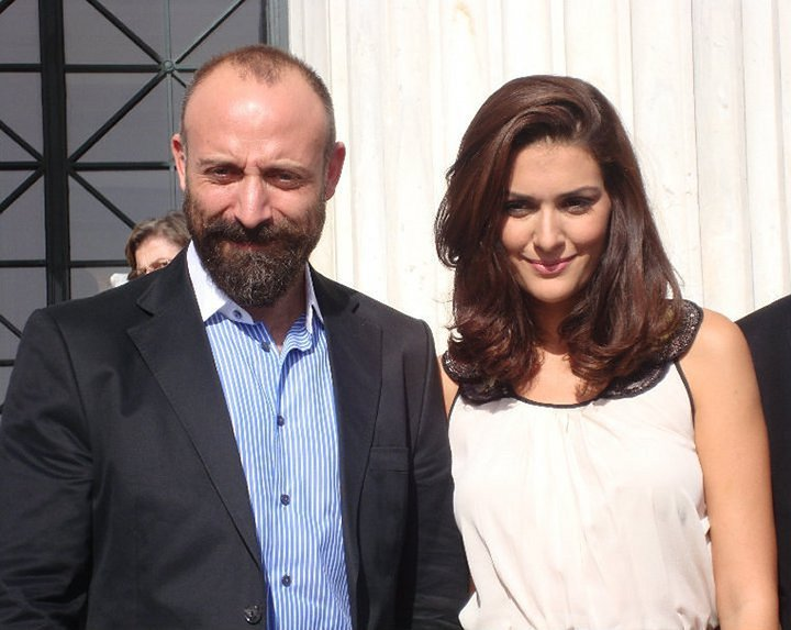 Bergüzar Korel 2019: Husband, Net Worth, Tattoos, Smoking