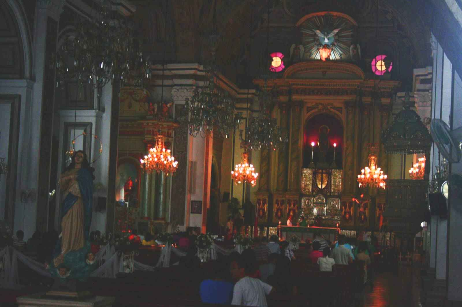 Visita Iglesia to San Agustin Church