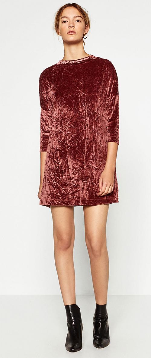 Robe courte en velours rose Zara