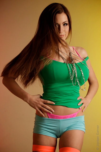 Jordan-Carver-Skater-Girl-Photoshoot-photo-hot-and-sexy-HD_4