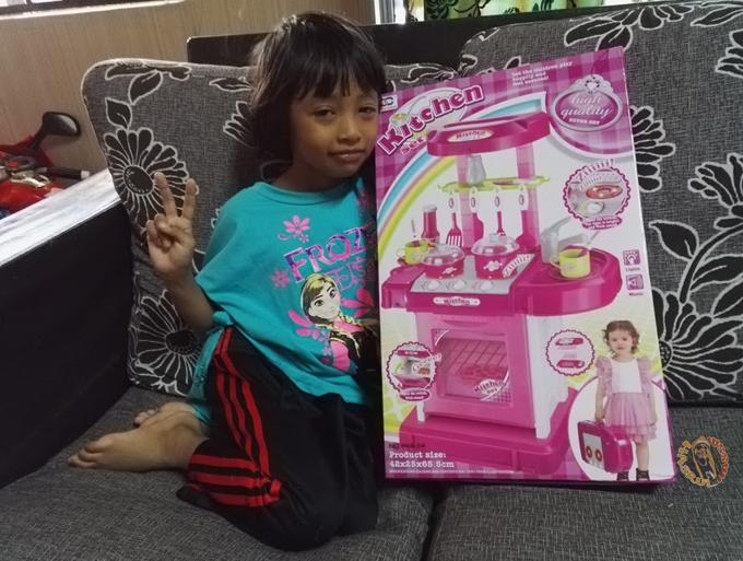 Seronok Dapat Mainan Besar Beli di Lazada