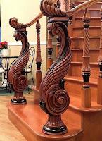 madera tallado escalera