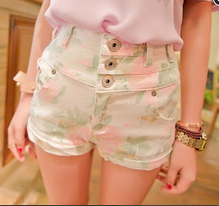 http://fashionkawaii.storenvy.com/products/12949129-sweet-students-tall-waist-floral-shorts