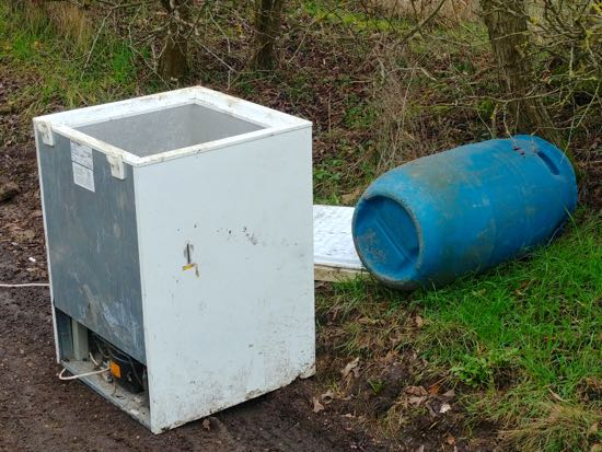 Fly-tipping along Bradmore Lane, North Mymms  Image © North Mymms News, released under Creative Commons BY-NC-SA 4.0