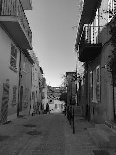 Ruelle vers Au Caprice des Deux Saint-Tropez