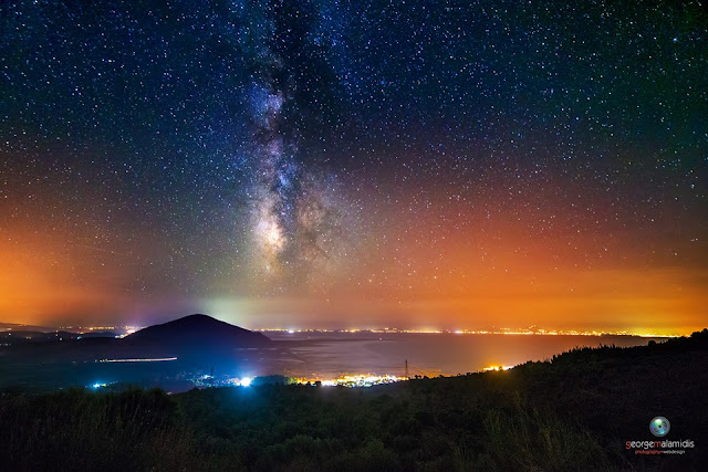 O γαλαξίας μας πάνω από την Σαγιάδα