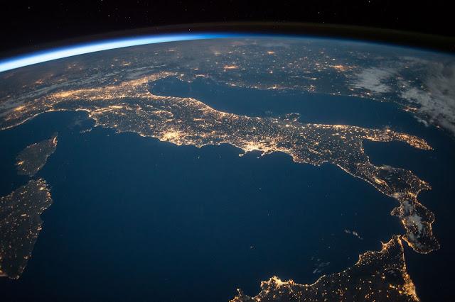 पृथ्वी पर सर्वाधिक मात्रा में पाऐ जाने वाले तत्व (घटते क्रम में) | Elements found in the highest quantities on the earth (in decreasing order)