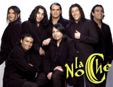 Foto de la banda La Noche sonriendo
