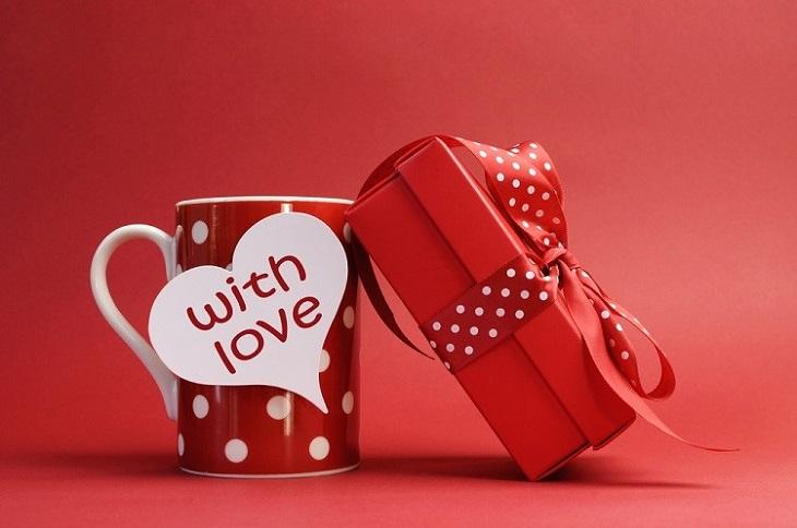 Gifting Custom Printed Mugs