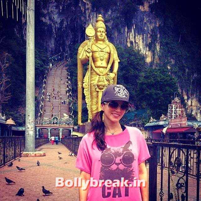 Sunny Leone, Pictures of Bollywood Stars from Holidays - Parineeti, Sonakshi, Gauahar
