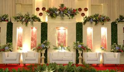 dekorasi pelaminan gaya modern