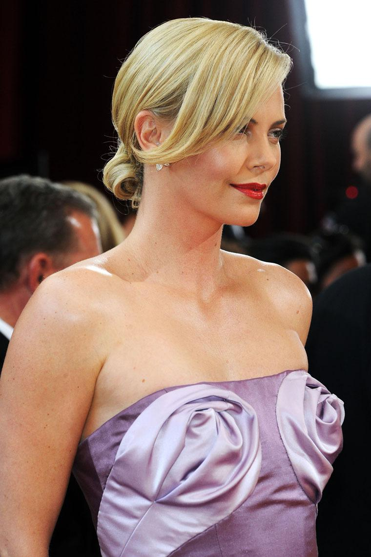 Charlize Theron Lifestyle | Net Worth | House | Charlize ...