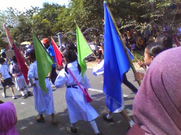 Foto SDN Laju Lor pada Festival Karnaval Kecamatan Singgahan Tuban 2014