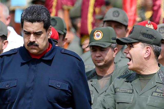 El Nuevo Herald: Sanciones e insinuaciones de golpe en EEUU erosionan el control de Maduro sobre los militares