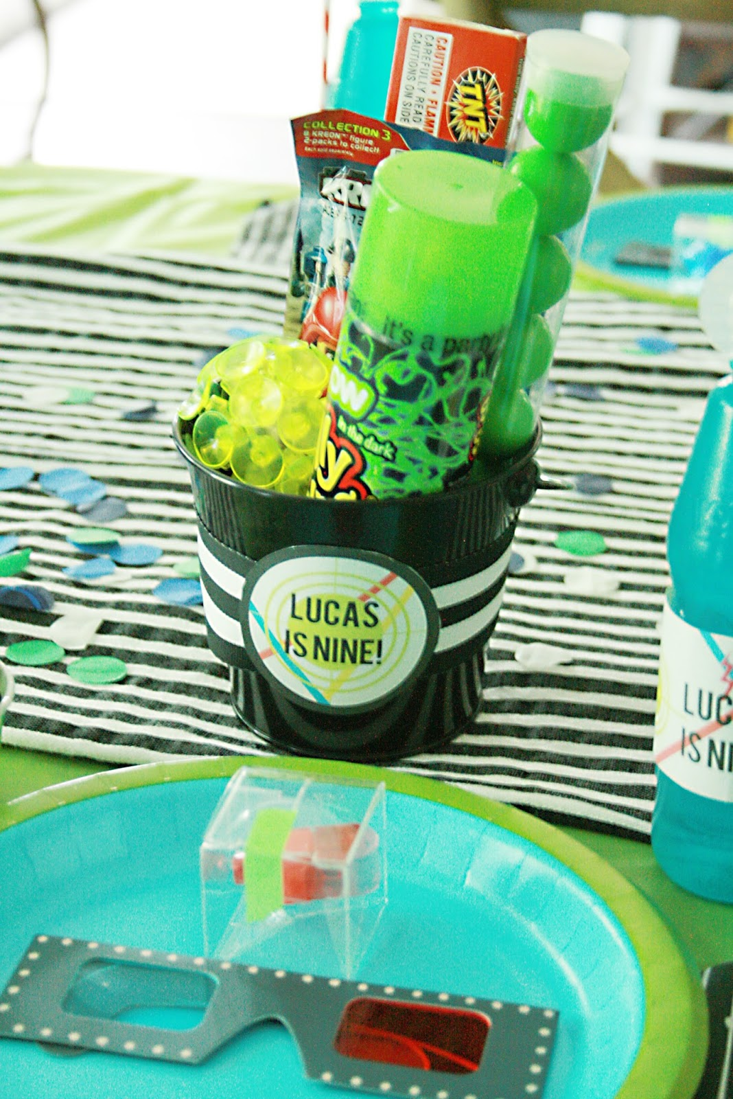 Laser tag birthday party darling darleen a lifestyle for Bag decoration games
