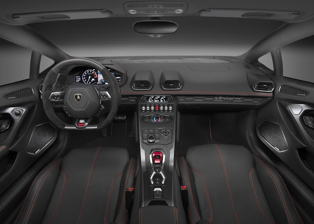 Lamborghini Huracan LP 580-2 - interior